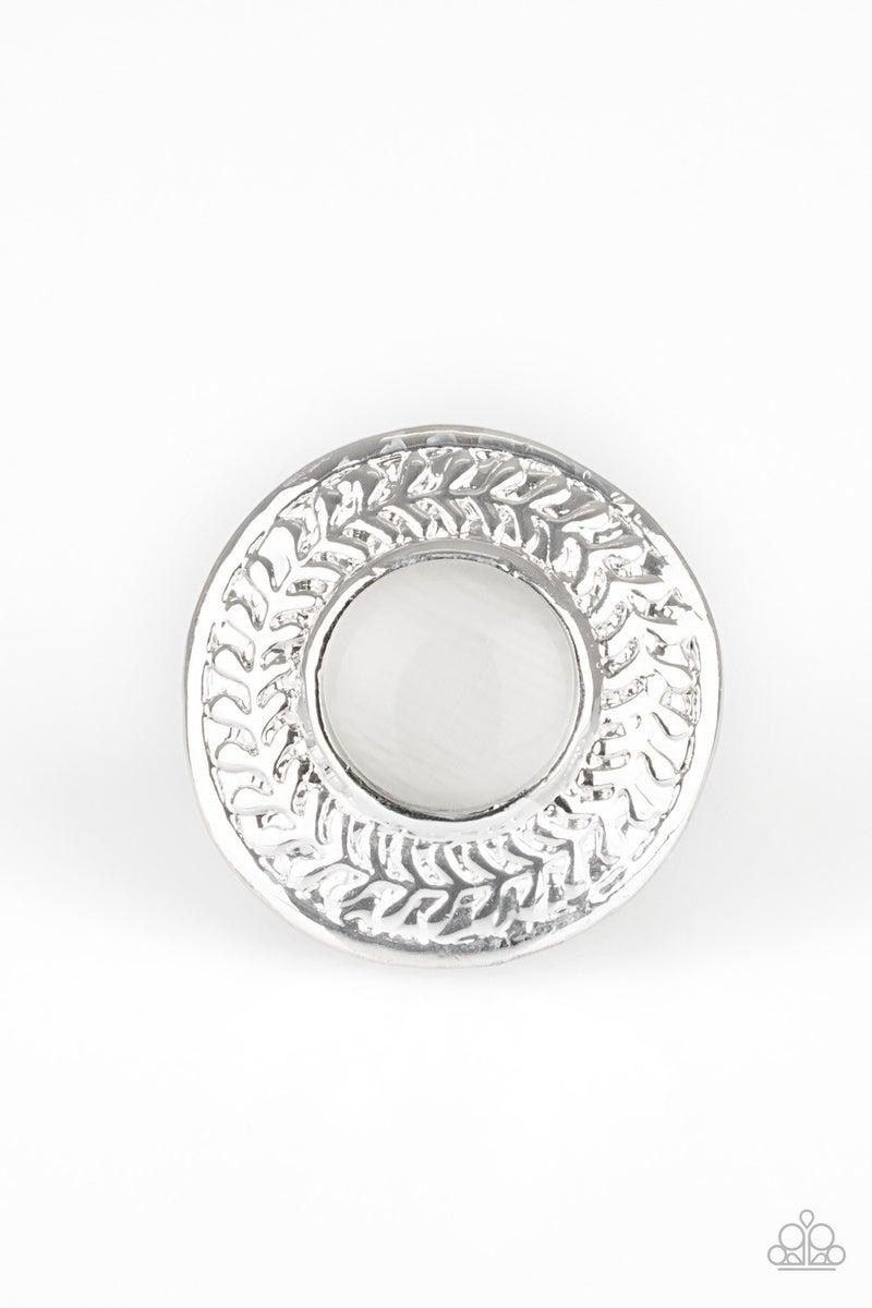Garden Garland White Ring