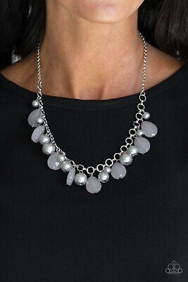 Pacific Posh Silver Necklace - Sparkle with Suzanna