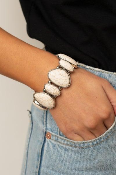 Feel at Homestead White Bracelet
