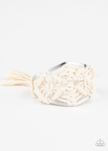 Macrame Mode  - White
