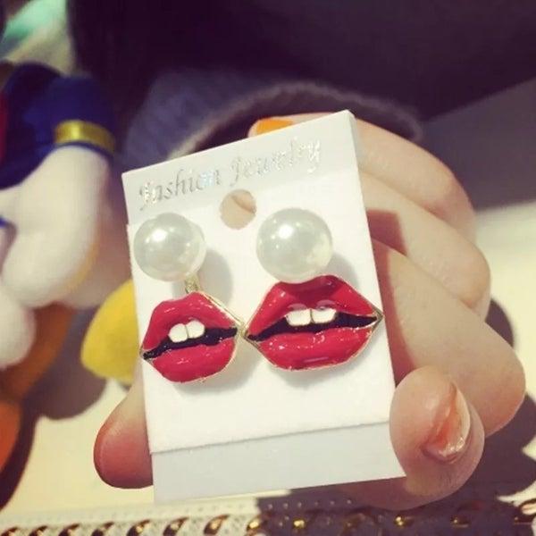 Give me a kiss earrings