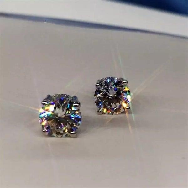 Sparkling stud earrings