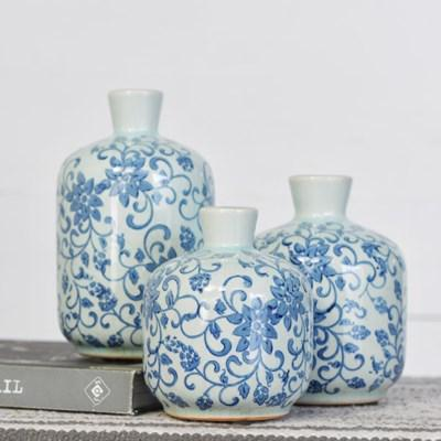 BLUE & WHITE CERAMIC VASES