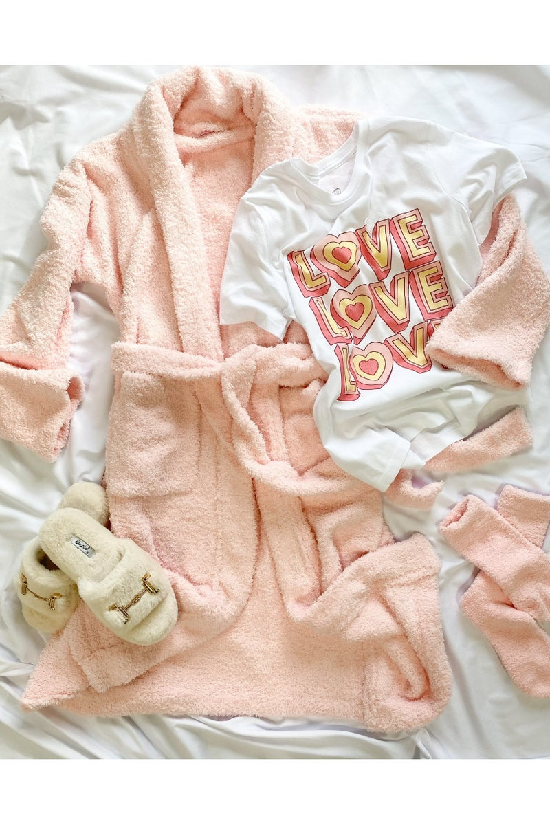 Treat Yourself Fuzzy Robe Pink