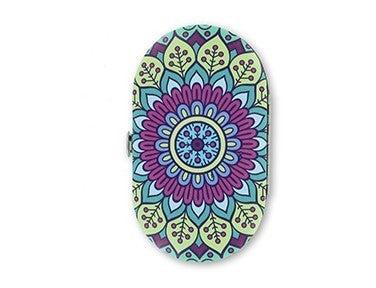 Oh So Pretty Paisley Manicure Set