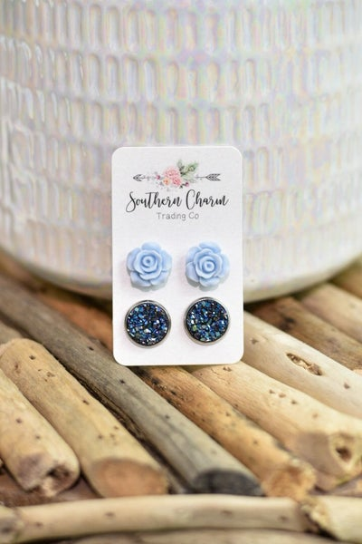 Blue Roses & Iridescent Blue Quartz