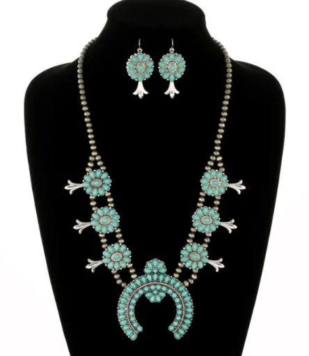 Turquoise Stone Silver Navajo Pearl Necklace Set