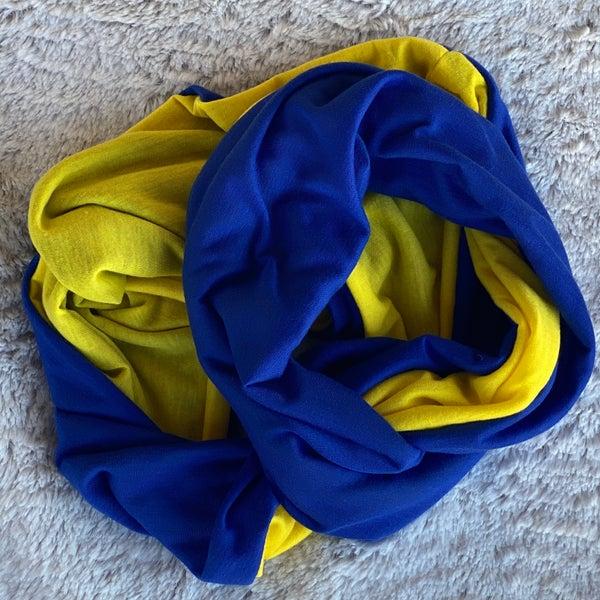 Blue/Yellow Fan Flirty Scarf with Zipper