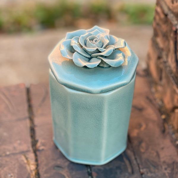 Large Pale Ocean Octagonal Flower Box