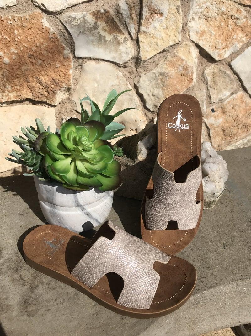 Bogalusa - Champagne Slide Sandal