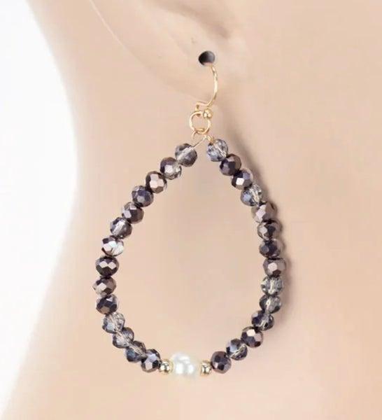 "Grey Crystal Pearl Teardrop 1.5"" L Earrings"