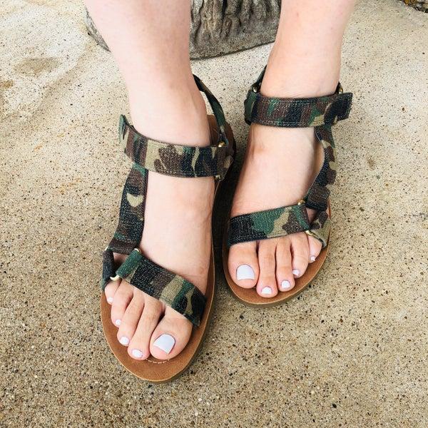 Very G Tina Camo Sandal
