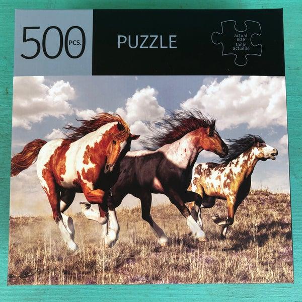 """Horse Print 500 Piece Puzzle Ages 10 + 28"""" x 20"""""""