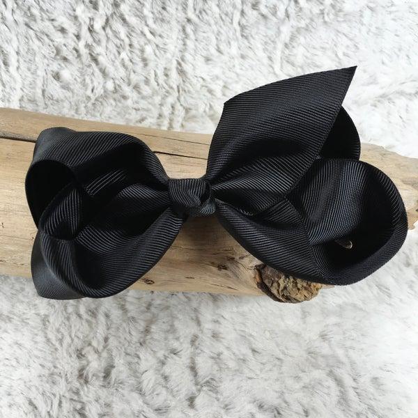 Medium Black Bow