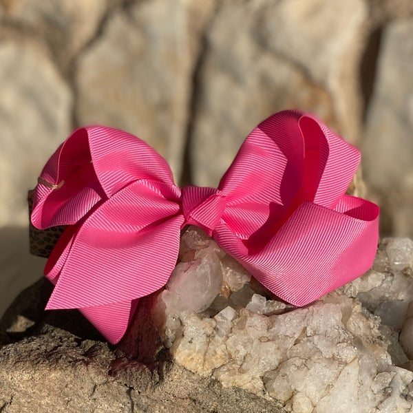 Medium Candy Pink Bow