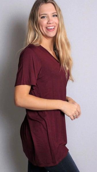 Maroon V-Neck Basic Short Sleeve Top