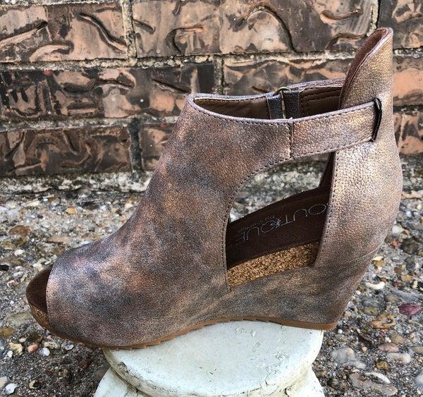 Bronze Sunburst Open Toe Wedge Shoe SIZE