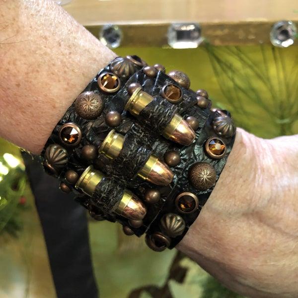 Handmade Bullet Gunslinger Snap Leather Bracelet - Dark Brown Tooled Leather
