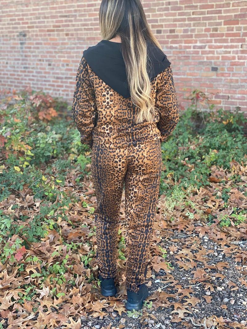 Leopard & Black Jacket & Pant Sport Set