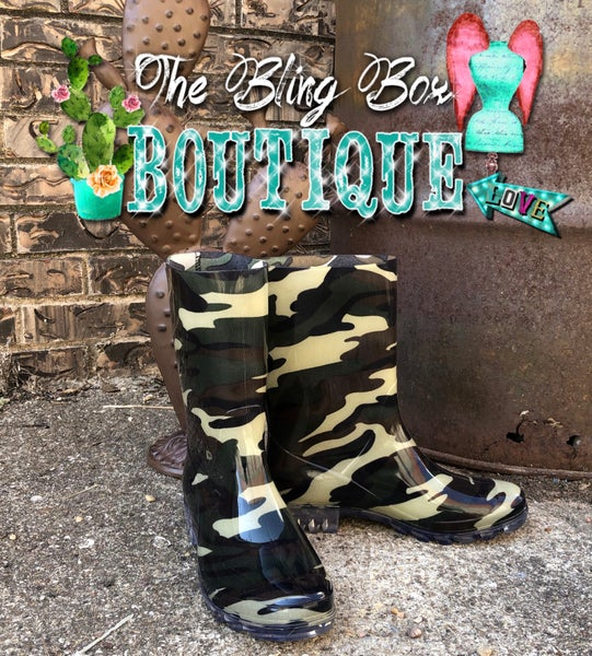 Riverwalk Camo Print Rain Boots  SIZE