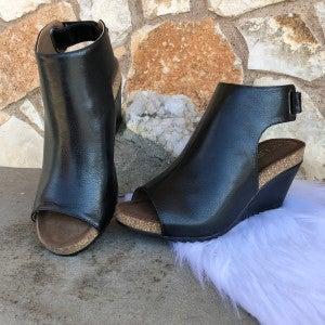 Calypso Black Smooth Wedge Shoe SIZE