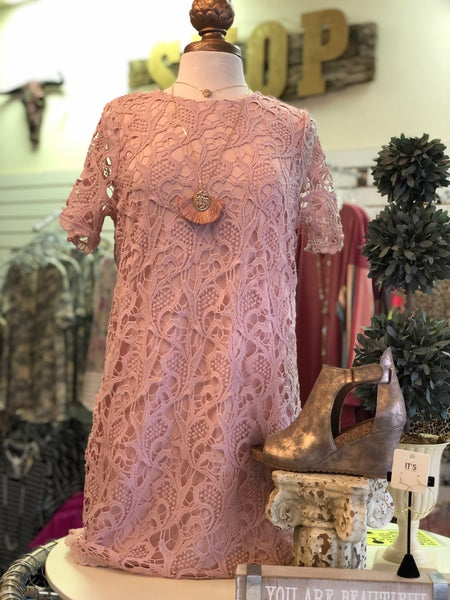 Misty Pink Lace Short Sleeve Shift Dress