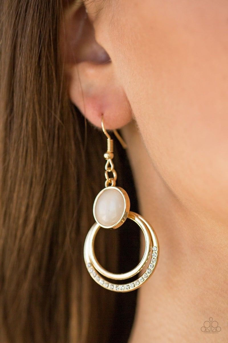 Dreamily Dreamland - Gold Earring