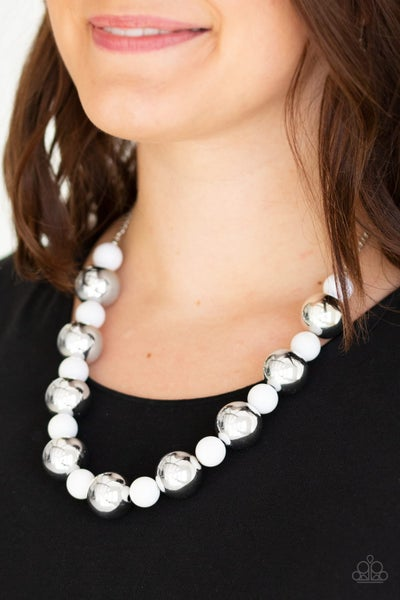 Top Pop - White Necklace