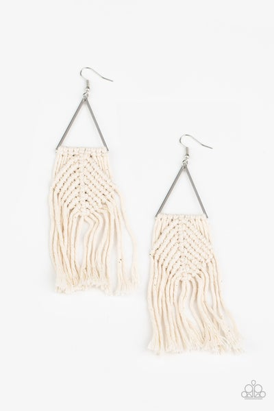 Macrame Jungle - White Earring
