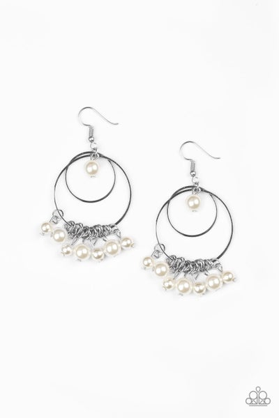 New York Attraction - White Earring