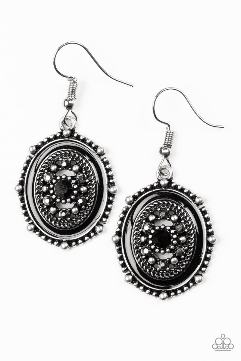 Picture of WEALTH - Black Earring