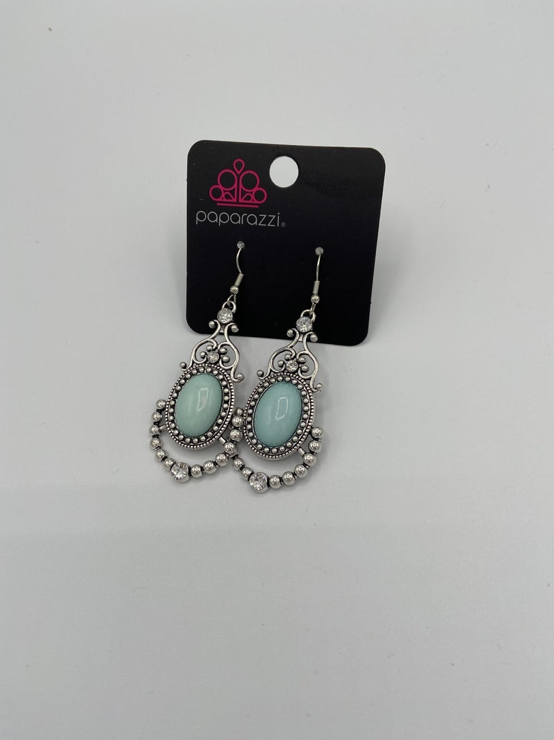 CAMEO and Juliet - Blue Earring