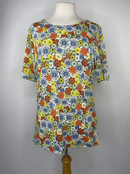 XL Yellow, Orange, & Blue Retro Floral Print Tee