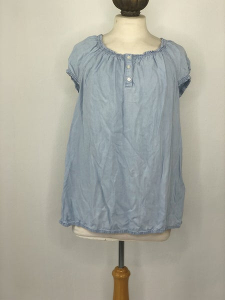 XL Liz Claiborne Chambray Ruffle Top
