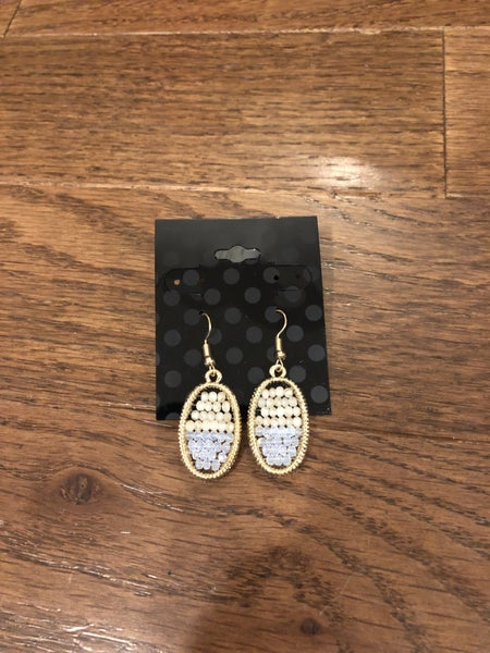 Gold Tone Drop Earring w/ Neutral Beads