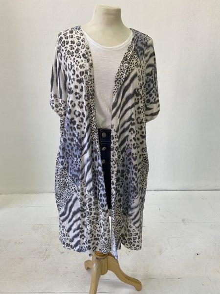 Pixi + Ivy Animal Print Kimono