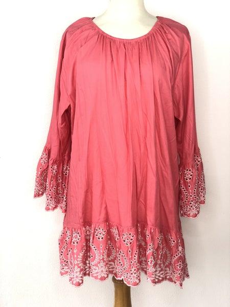 XL Sweet Magnolia Pink Tunic w/ Eyelet Sleeve Hem