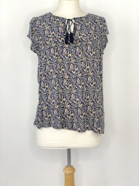 M Old Navy Blue Micro Floral Cap Sleeve Top