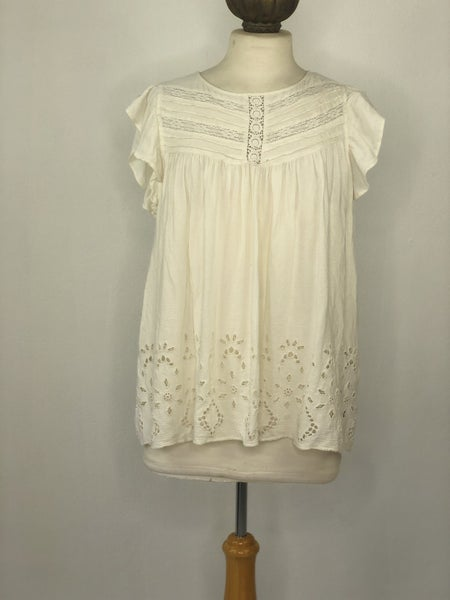 XL American Eagle Ivory Ruffle Top