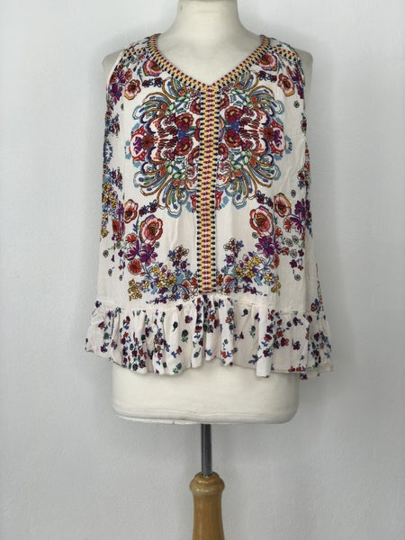L Bila Cream/Multicolor Floral Sleeveless Tunic