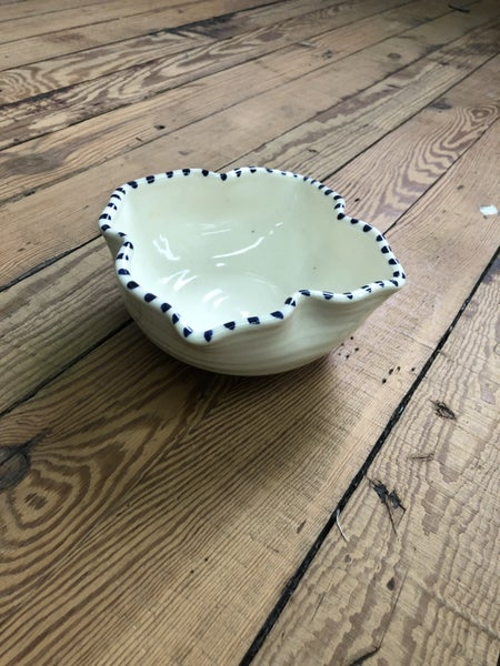 Ceramic Ivory w/ Blue Stripe Trim Bowl *LOCAL PICKUP ONLY*