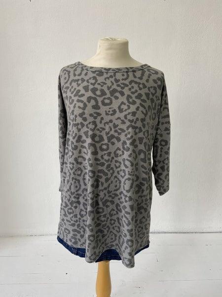 Gray Leopard Top