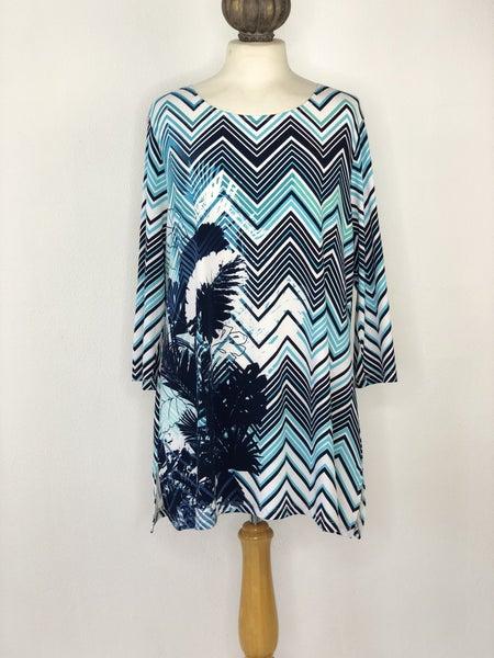 12 Chico's Blues/White Chevron/Floral Print Tunic