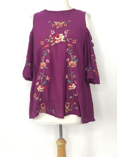 S Umgee Plum Embroidered Cold Shoulder Top