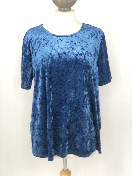 XL BeachLunchLounge Blue Crushed Velvet Top