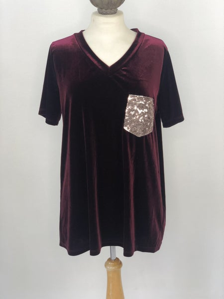 Sz. L Luna Maroon Velvet V'neck Top with Sequin Pocket
