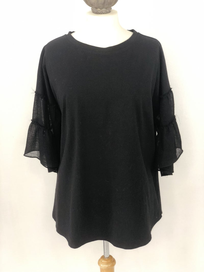 L Easel Black Top Ruffle Sleeve NWT