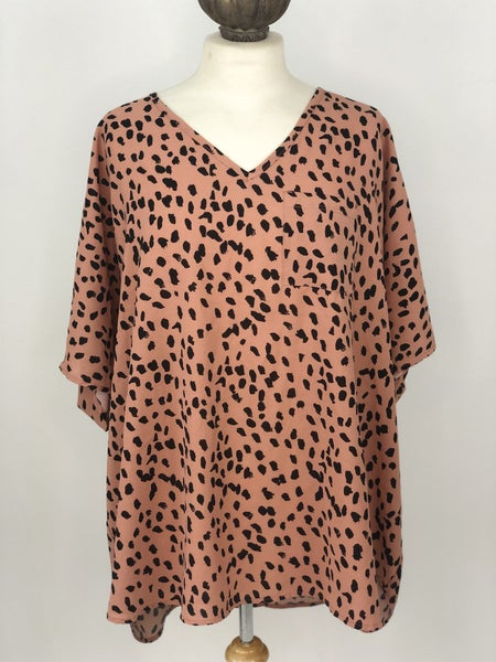 XL Jodifle Camel Dot Blouse