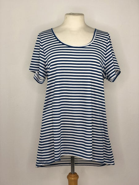 XL LulaRoe Blue/White Stripe Tee
