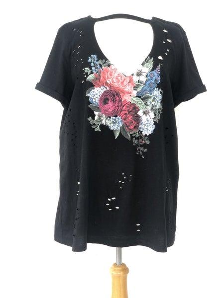 0X Torrid Black Floral Print Tee